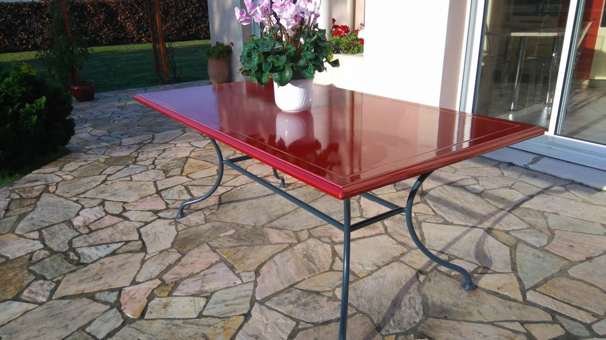 Table en pierre de lave maill e couleur terre brune for Carrelage en pierre de lave