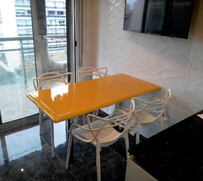table de cuisine en pierre de lave maill e couleur tournesol marseille pierre richard. Black Bedroom Furniture Sets. Home Design Ideas